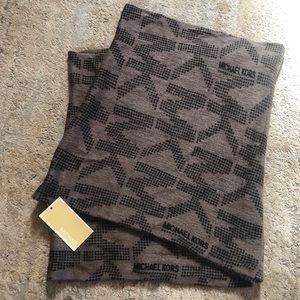 Michael Kors Infinity Scarf - Brown and Black